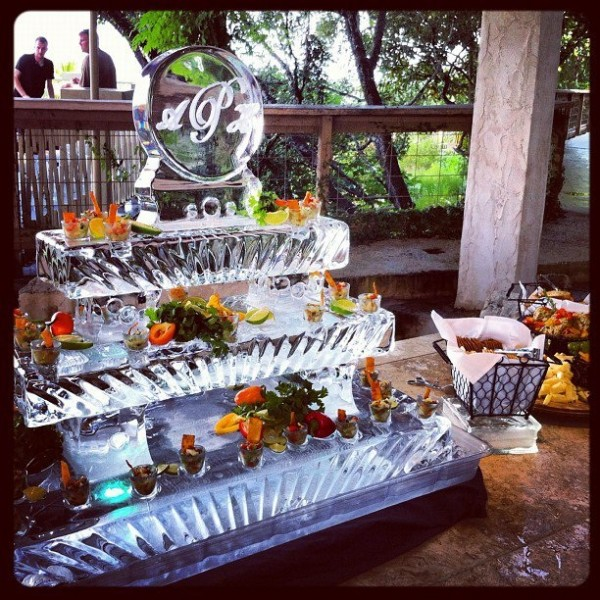 ice, ice sculpture, crave, crave catering, ice design, ice sculpting, austin catering