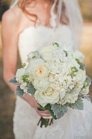 crave catering, vendor spotlights, austin weddings, weddings, austin vendors, austin wedding vendors, floral, bouquets