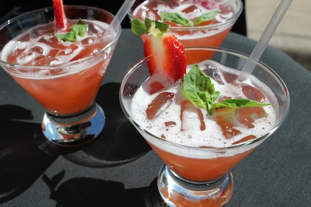 thirsty thursdays, strawberry punch, cocktail recipes, catering recipes, drinks, cranberry vodka punch, catering in austin, event catering in austin, best catering, best catering in austin, austin catering, wedding catering