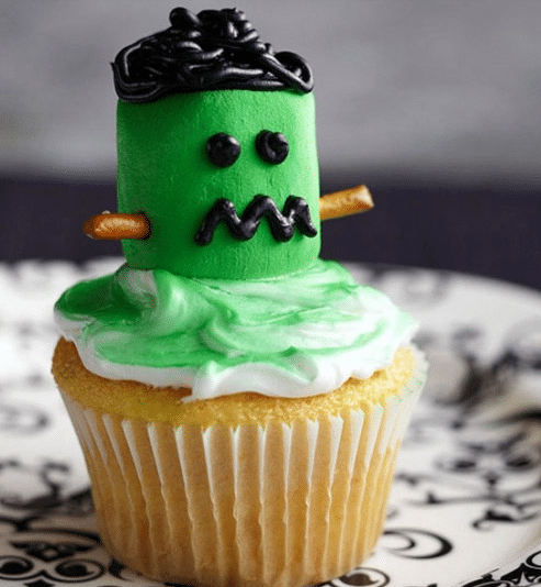 halloween, halloween recipes, recipes, crave catering, trick or treat, creative decorating, ghosts, frankenstein, witches