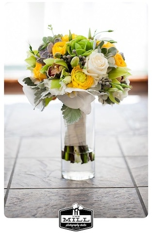 bouquets, wedding bouquets, flowers, wedding flowers, flower arrangments, catering, caterers in austin, austin caterers, catering company, wedding caterers